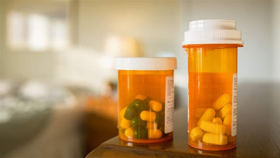 Expedited review of generic drug applications