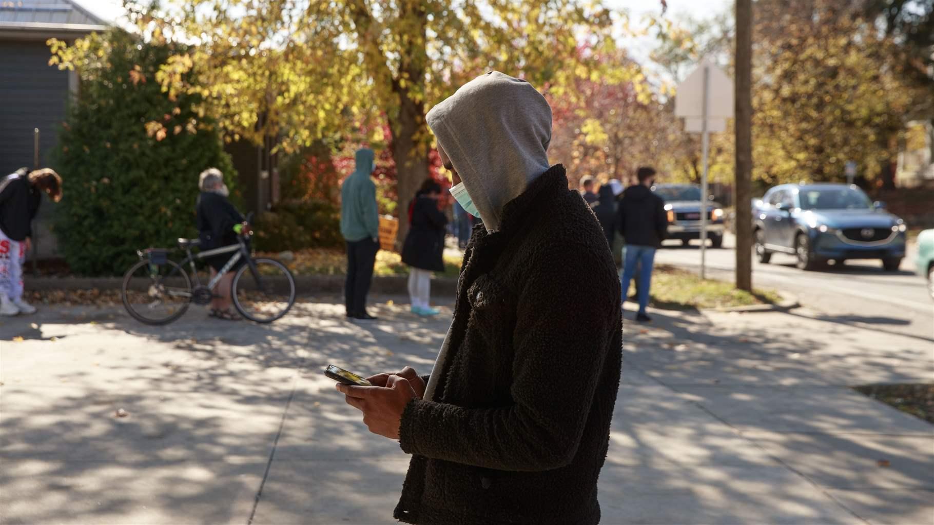 Despite security concerns, online voting advances...