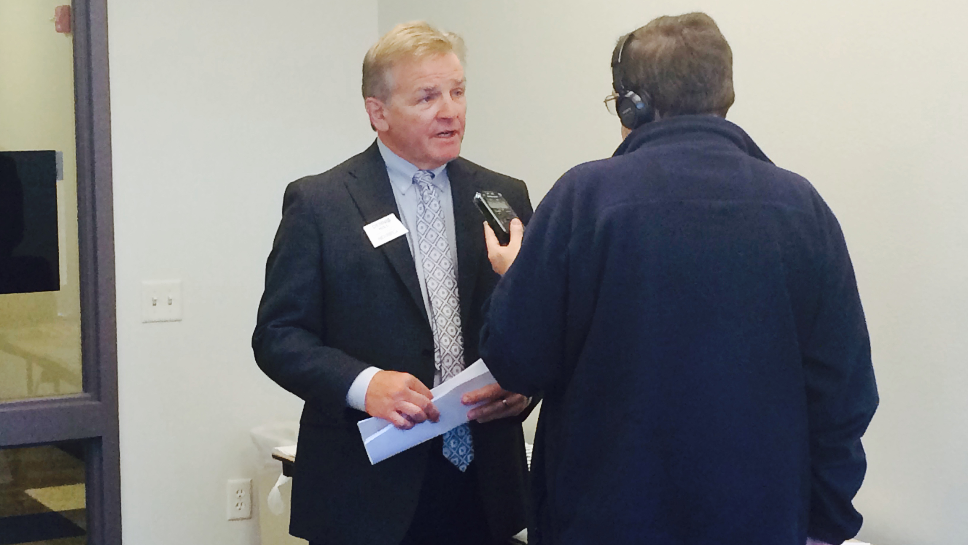 Dennis Hill, executive vice president and general manager of the North Dakota Association of Rural Electric Cooperatives, is interviewed by North Dakota Public Radio before a discussion of Pew's Clean Economy Rising research (Oct. 22, 2014).