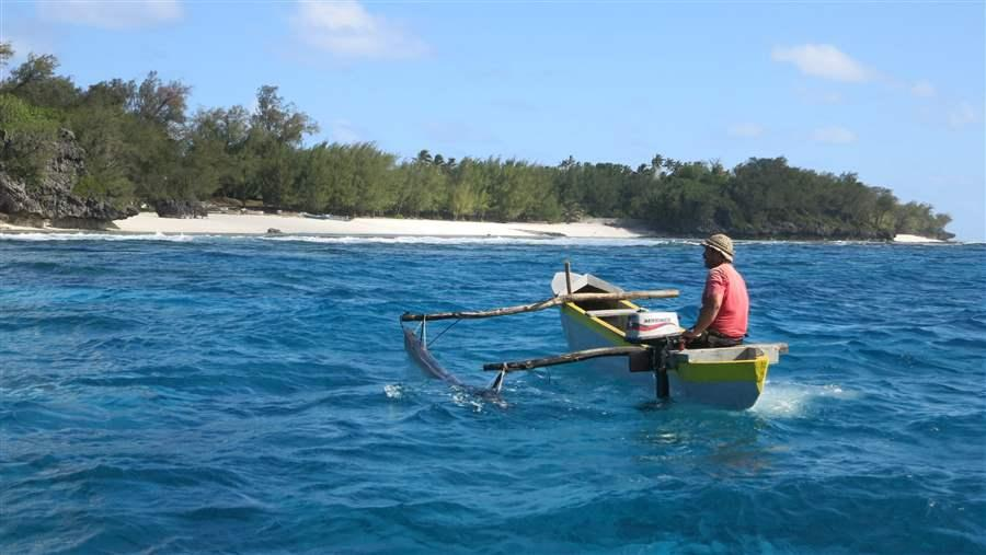 There is little industrial fishing around the Austral Islands